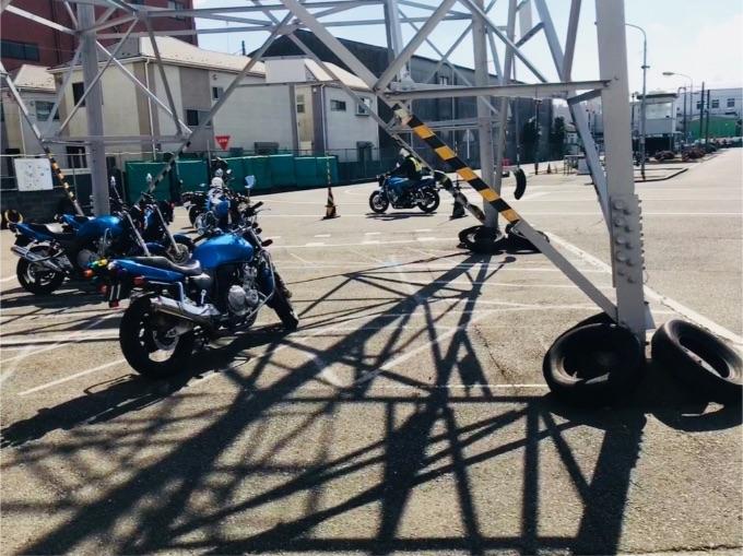 自動二輪教習 二種免 中免 バイク免許