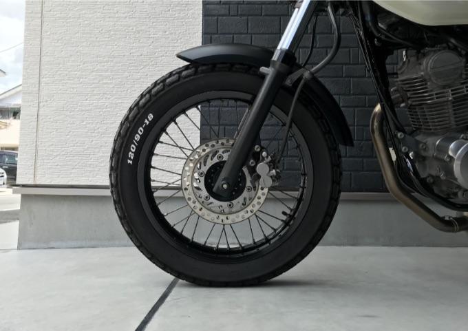 バイク タイヤ カスタム