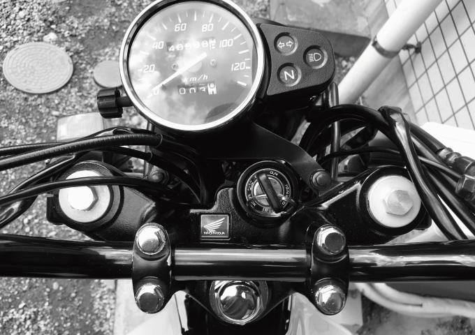 バイク エンジンかからない 対処法
