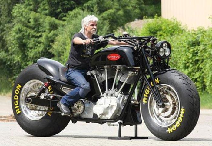 世界一大きいバイク オートバイ