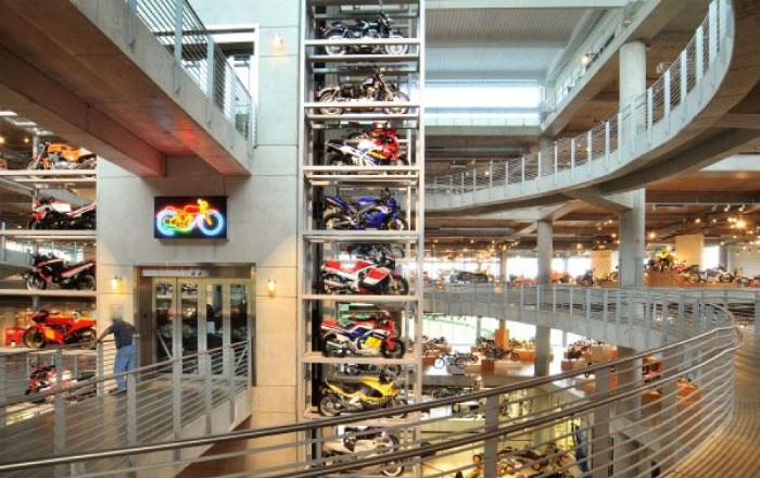バイク ギネス 博物館