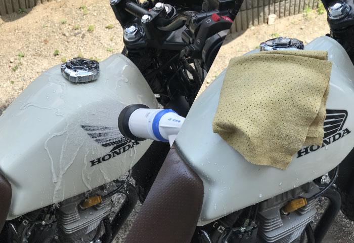 バイク車 傷消し やり方