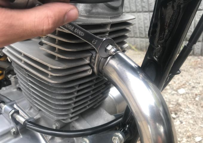 バイク 点検 ネジ