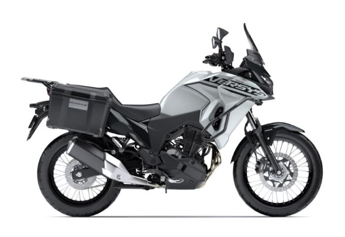 250cc バイク Versus