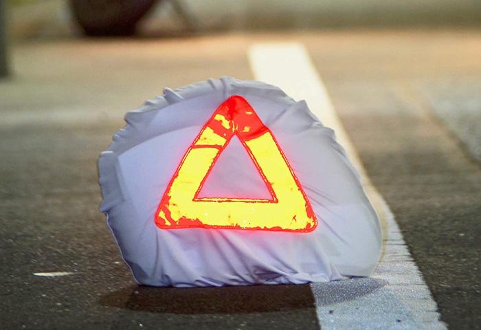 三角表示停止板 バイク ヘルメット