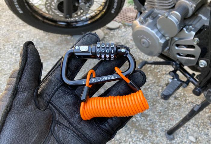 ヘルメットロック ワイヤー 携帯性